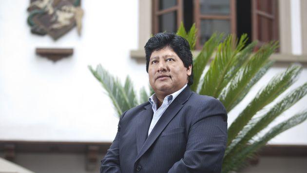 Edwin Oviedo se convirtió en el sucesor de Manuel Burga. (Andrés Valle)