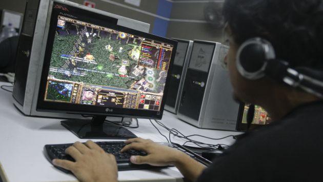 Hombre falleció luego de pasar tres días seguidos jugando en Internet. (Referencial/Gestión)
