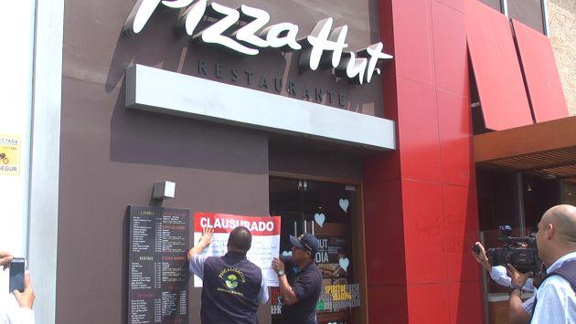 Se encontraron cuatro cucarachas en local de Pizza Hut ubicado en la Av. Javier Prado. (Municipalidad de La Molina)