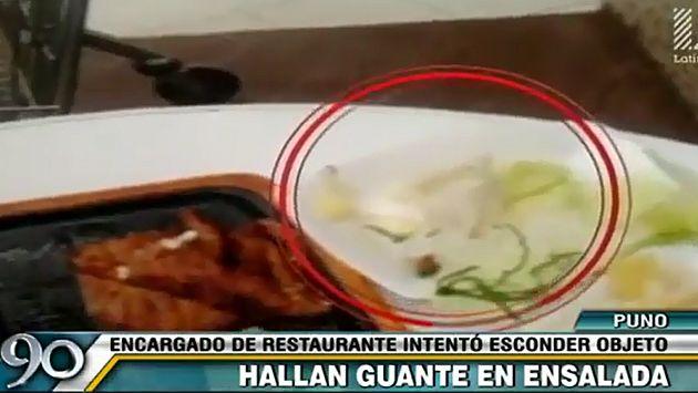 Una mujer fue soprendida al encontrar un guante quirúrgico en su ensalada. (90 segundos/Latina)