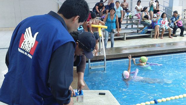 Trece piscinas funcionan sin autorización sanitaria en Lima. Dos de ellas están ubicadas en Breña. (Difusión)