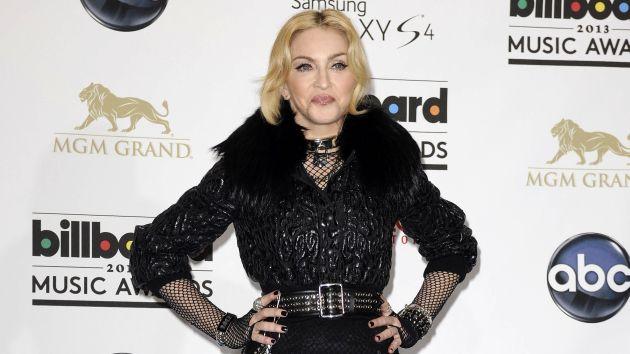 Madonna sufrió lesión cervical tras caída en los Brit Awards 2015. (AP)