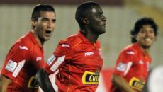 Aurich derrotó 2-0 a San José en la Copa Libertadores