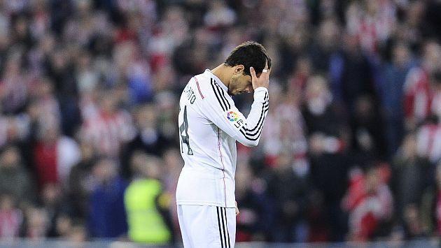 Javier Hernández reconoció haber llorado por situación en Real Madrid. (AP)