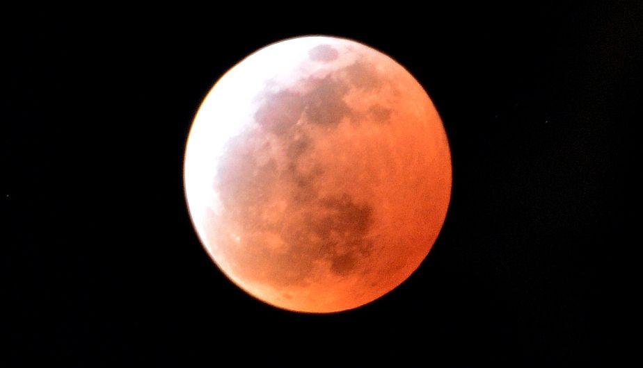 Eclipse lunar que se registr hoy fue el m s breve del for Que dia lunar es hoy
