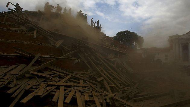 Algunos ciudadanos registraron el terremoto de Nepal en video y lo compartieron en YouTube. (Reuters)