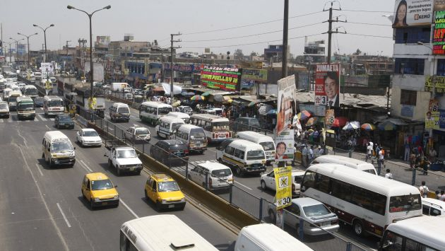 CONGESTIÓN A LA VISTA. Se tendrá que lidiar con un tráfico infernal en vías alternas, hasta el 2017. (USI)
