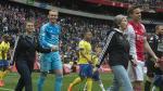 Día de la Madre: Jugadores del Ajax salieron al campo de la mano de sus mamás - Noticias de google