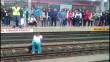Facebook: Una valiente mujer rescató a un perro de los rieles del Metro de Lima