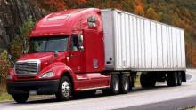 Transporte de carga pesada, un negocio que te lleva sobre ruedas al éxito