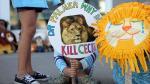 EEUU: Activistas y niños dejaron peluches en clínica del asesino de león Cecil