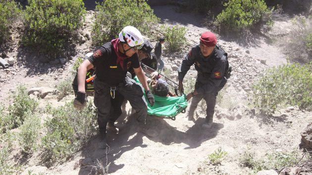 Efectivos de la Policía Nacional ayudaron en el rescate. (USI/Referencial)