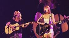YouTube, Taylor Swift, Lisa Kudrow