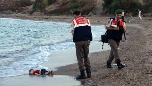Turquía: Imagen de niño ahogado tras un naufragio conmocionó al mundo [Fotos]
