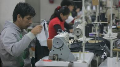Prendas made in Perú: El negocio de la producción y venta de ropa