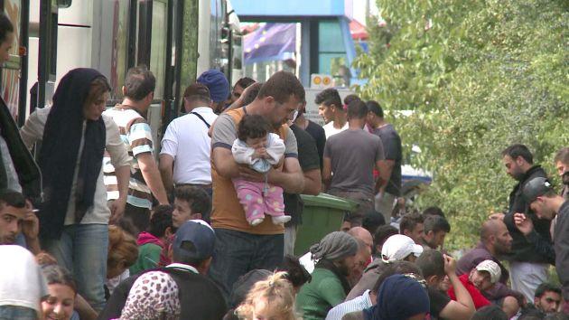 Europa aprobó plan de reubicación de 120 mil refugiados [Video]