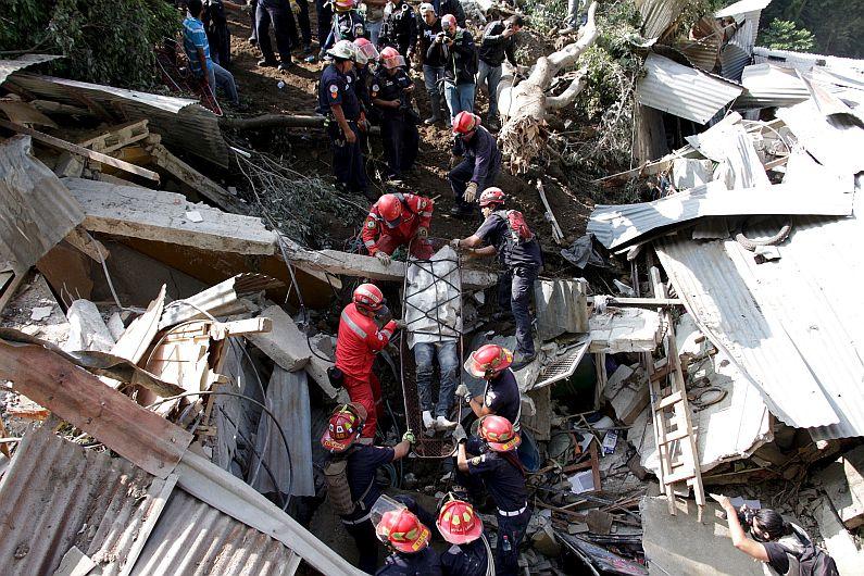 Al menos 9 muertos y más de 600 desaparecidos tras deslizamiento de tierra en Guatemala. (Reuters)