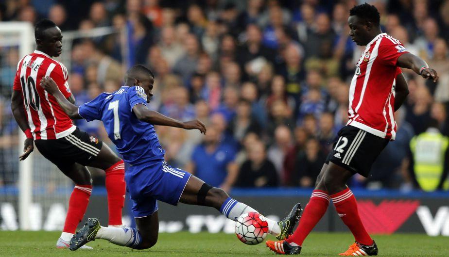 Chelsea suma cuatro derrotas ante Southampton (AP)