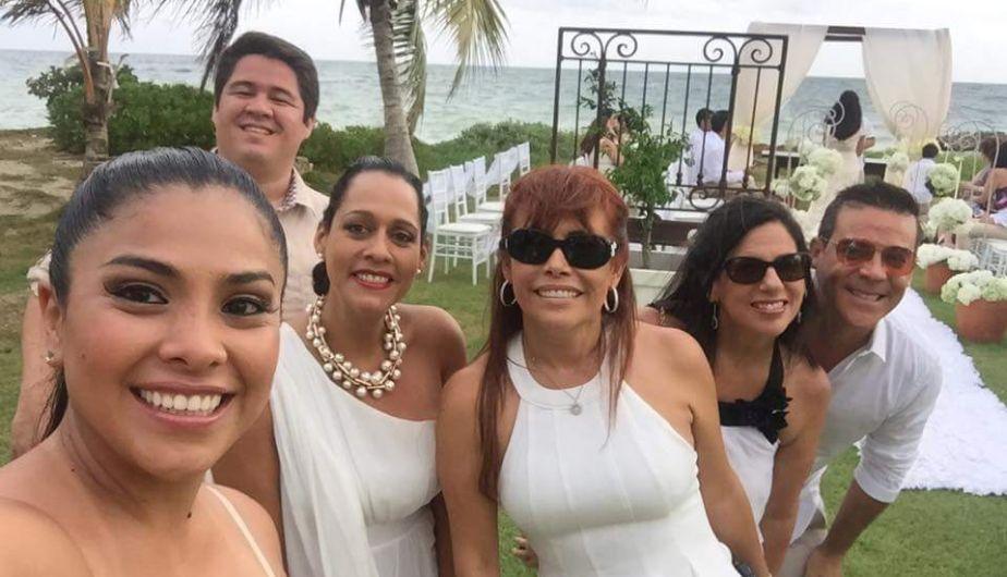 Karen Schwarz y Ezio Oliva se casaron en Punta Cana. (Twitter)