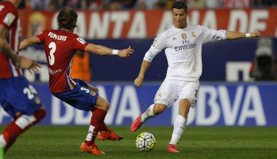 Real Madrid empató 1-1 con el Atlético de Madrid y se mantienen segundo en la Liga española. (AP)