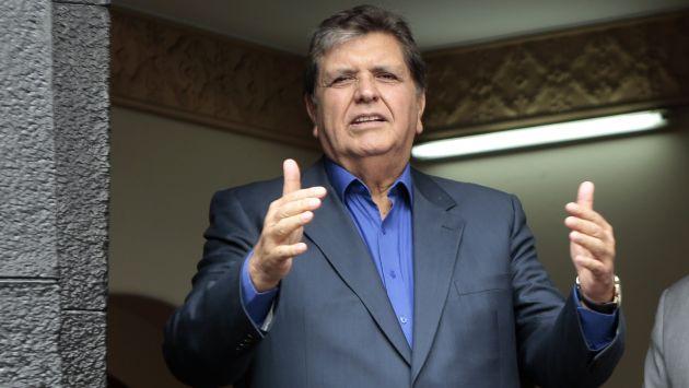 Este lunes, los personeros del Apra inscribirán la precandidatura de Alan García. (Perú21)