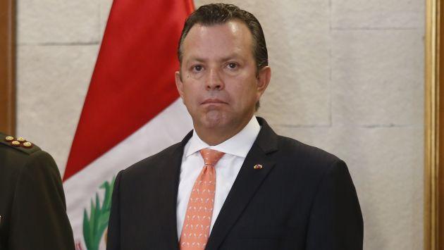 Le exigen al ministro de Defensa,Jakke Valakivi, que aclare caso de ascensos en el Ejército. (Perú21)