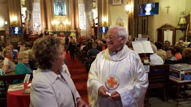 El padre Ángel es el encargado de la iglesia de San Antón. (Facebook)