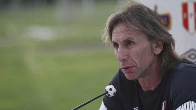Ricardo Gareca, junto con el resto del equipo, viajarán el miércoles a Colombia. (Depor)