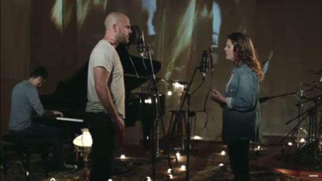 Gian Marco estrenó videoclip Vida de mi vida junto a su hija Nicole Zignago. (Captura YouTube)