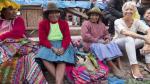 Christine Lagarde, directora del FMI, llegó a Cusco el domingo y de inmediato se trasladó al poblado de Pisac para conocer el Mercado Artesanal. (Facebook Christine Lagarde)
