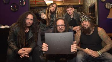 Korn: Guitarrista de la banda envió saludos a sus fans peruanos [Video]