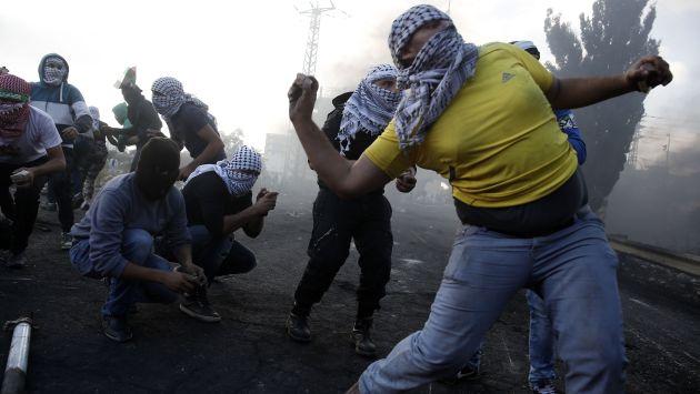 TENSIÓN EN AUMENTO. La ola de violencia amenaza con la llegada de una tercera intifada. (AFP)