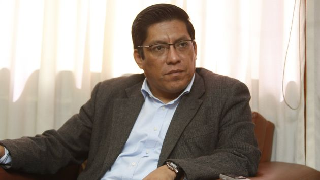 Legislador Vicente Zeballos reconoció a una hija después de 24 años. (Perú21)