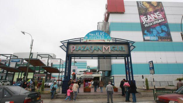 Indecopi multó con más de S/.30 mil a Plaza San Miguel por discriminar a pareja homosexual. (USI)