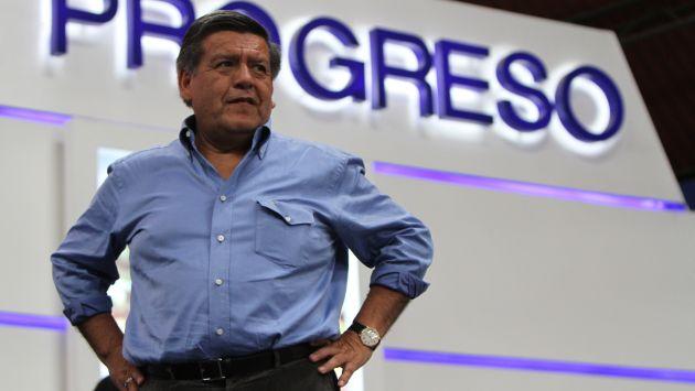 Hallan indicios de irregularidades en la gestión de César Acuña como alcalde de Trujillo. (Perú21)