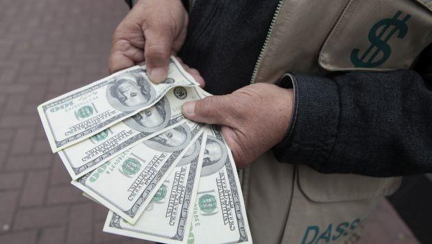 Alza del dólar continua. (USI)