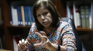 Lourdes Flores a Raúl Castro: