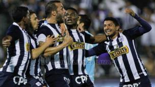 Alianza Lima venció 2-0 a Sporting Cristal y está a un paso de la Sudamericana