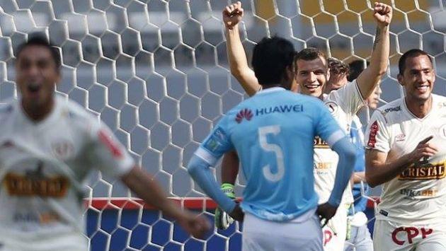 La 'U' le ganó 2-1 a Cristal y clasificó a la Sudamericana