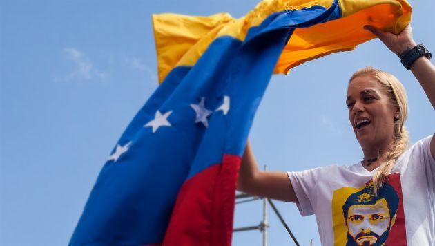 Venezuela: Oposición aventaja en 15% al chavismo en sondeos sobre elecciones