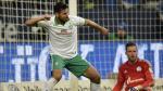 Claudio Pizarro reveló que tuvo la opción de jugar en el Real Madrid. (AP)