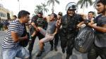 Besos Contra la Homofobia: Activistas LGBT fueron reprimidos por la Policía [Fotos y videos] - Noticias de vero ferrari