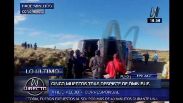 Siete muertos y más de 30 heridos dejó volcadura de bus en la carretera en Puno. (Captura de TV)