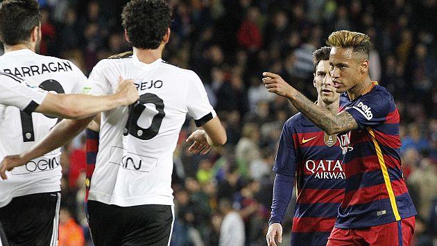 Neymar ¨Cobro 10 veces mas que vos¨ y Golpeo a Jugador