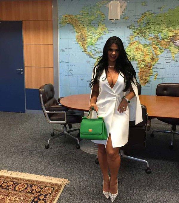 Brasil esposa de ministro de turismo public provocadoras for Quien es el ministro de interior