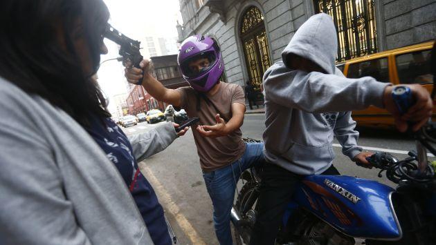 Pueblo libre marcha contra la delincuencia actualidad for Esta abierto hoy la maquinista