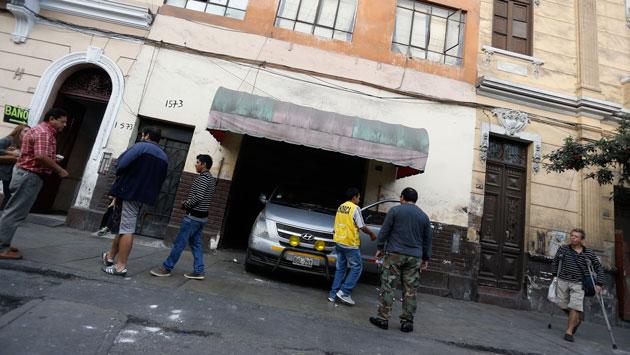 Cercado de Lima: Choferes de minivans usan cocheras en el jirón Chota como paraderos.(Atoq Ramón)