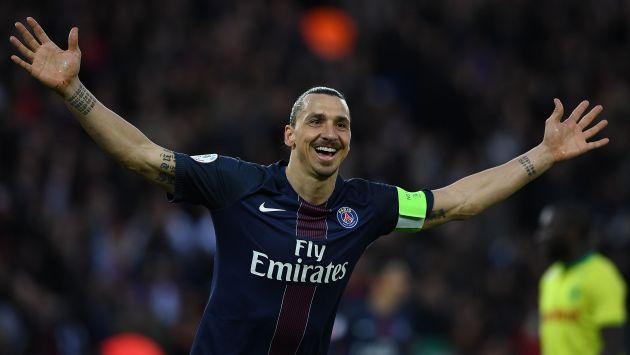 Manchester United: Zlatan Ibrahimovic confirmó que jugará por el equipo inglés