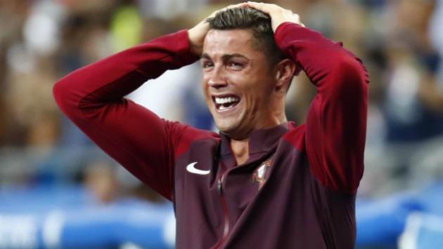 Cristiano Ronaldo se perdería la Supercopa de Europa por lesión. (Reuters)