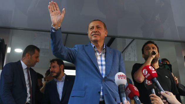 Presidente de Turquía pidió a Estados Unidos extraditar a presunto autor de intentona golpista. (Reuters)